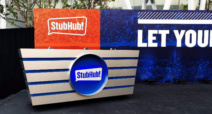 Stubhub Judge's Desk 4